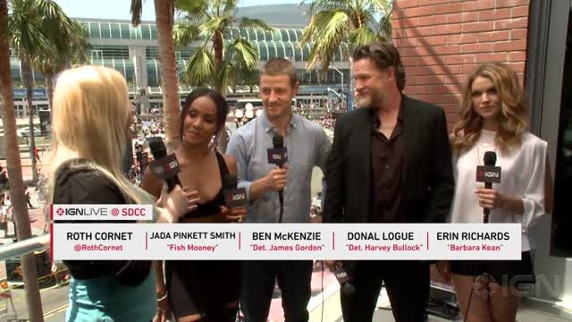 News video: Cast of Gotham Talks Batman's Origins - Comic Con 2014
